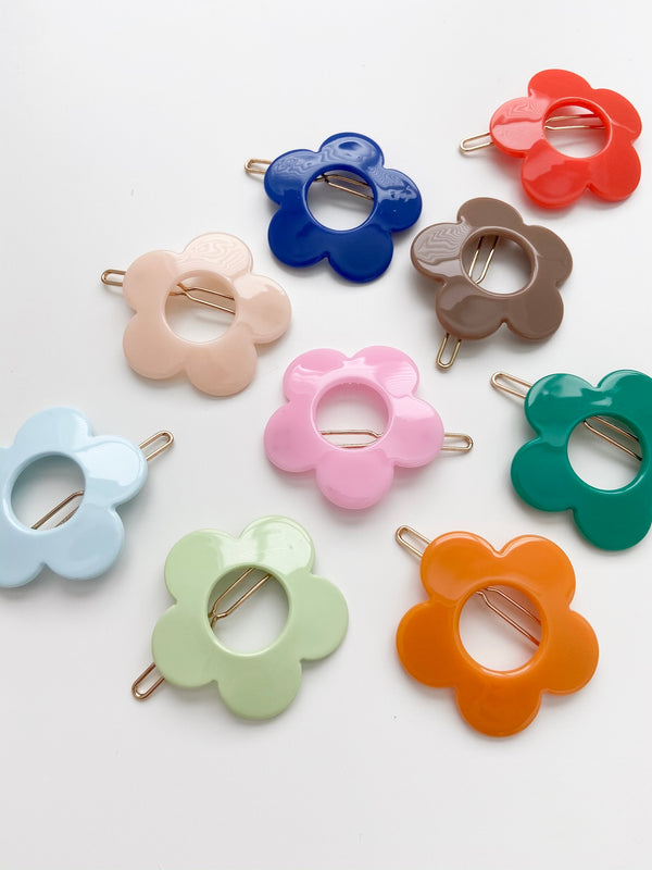 All The Little Bows // Flower Barrette - All The Little Bows