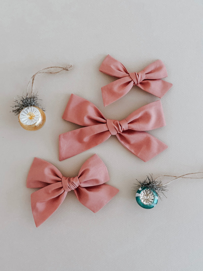 All The Little Bows // Oversized Bow | Rosy - All The Little Bows