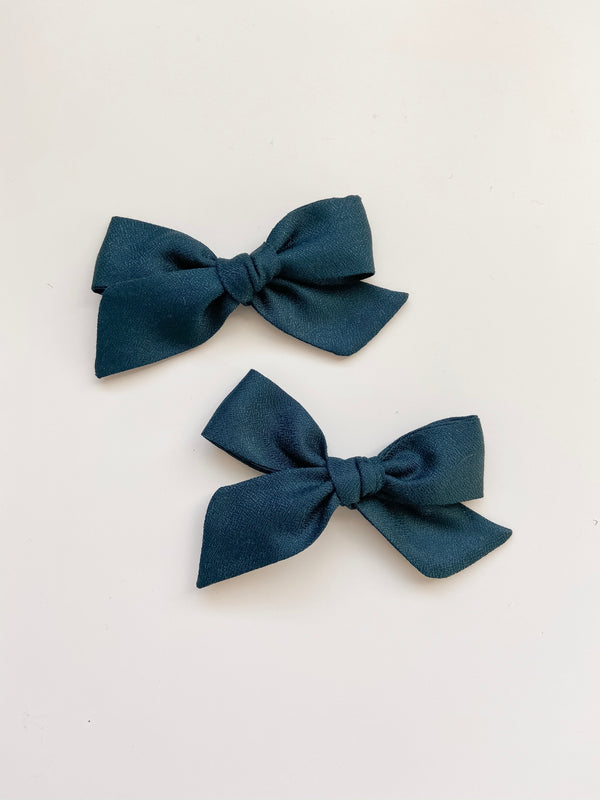 All The Little Bows // Classic Bow | Spruce - All The Little Bows