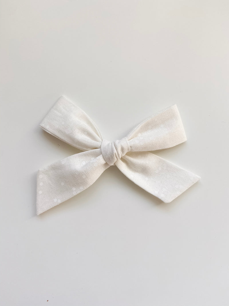 All The Little Bows // Oversized Bow | Snowfall - All The Little Bows