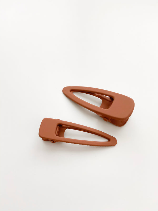 Grech & Co // Matte Clips, Set of Two // Rust - All The Little Bows