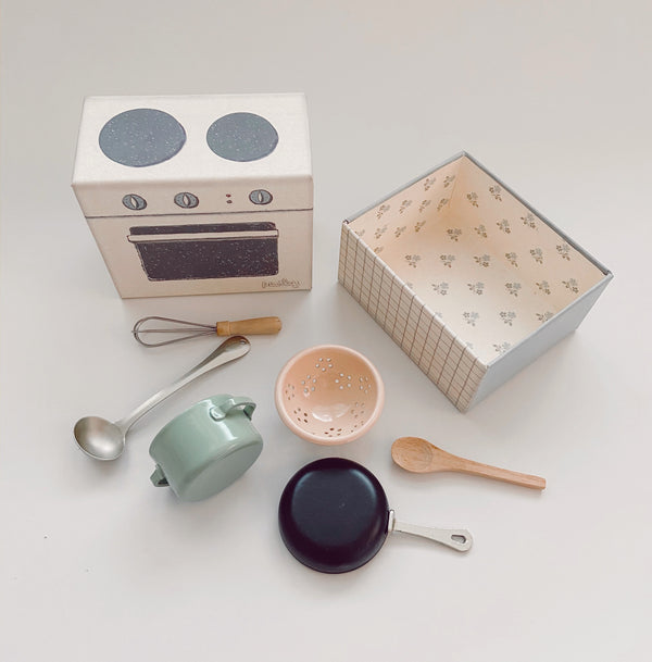 Maileg // Maileg - Cooking Set - All The Little Bows