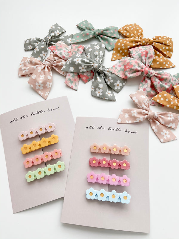 All The Little Bows // Flower Bar Clip Set - All The Little Bows