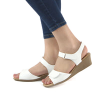 White sandals for Women (153.004) - SIMPLY SHOES HONG KONG