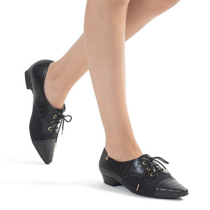 Black Lace-Up Flats for Women (278.019)