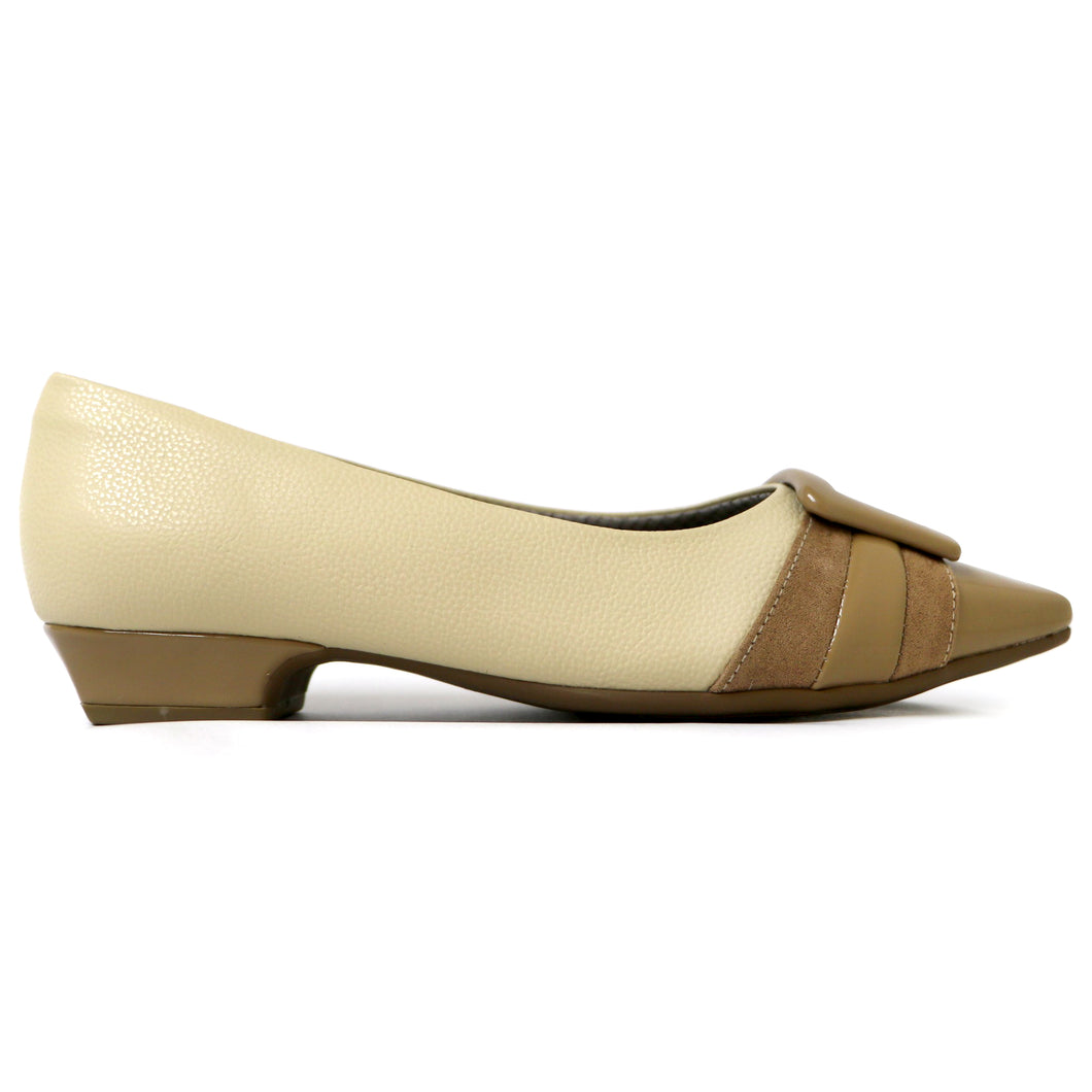 Cream Flats for Women (278.027)