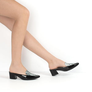 Black Le Slip Ons for Women (744.064) - SIMPLY SHOES HONG KONG