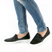 Black Sneakers for Women (961.021) - SIMPLY SHOES HONG KONG