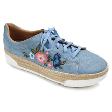 Lt. Denim Casual Shoe with Embroidery (978.002)