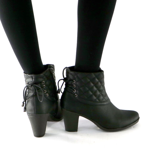 Black Boots for Women (335.010)