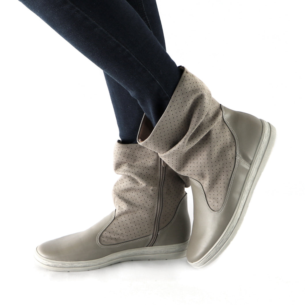 Grey  Boots for Women (961.019)