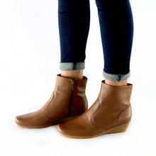 Brown Boots for Women (143.017) - SIMPLY SHOES HONG KONG