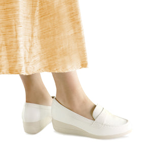 White Wedge Shoe for Women (117.048) - SIMPLY SHOES HONG KONG