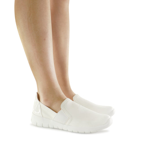 White Sneakers for Women (970.023)