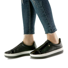 Black Sneakers for Women (982.002) - SIMPLY SHOES HONG KONG