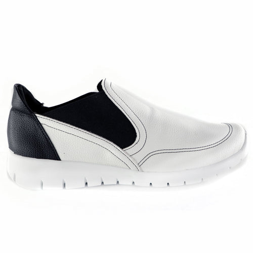 White/Black Shoes for Women (970.029)