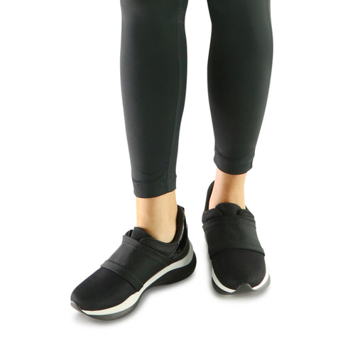 Black Sneakers for Women (983.001) - SIMPLY SHOES HONG KONG