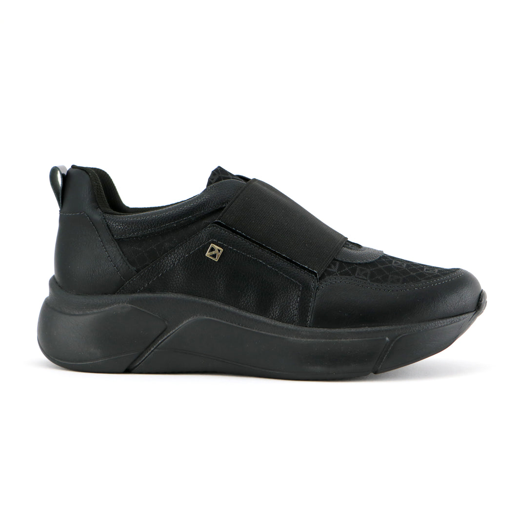 Black Sneakers for Women (986.001) - SIMPLY SHOES HONG KONG
