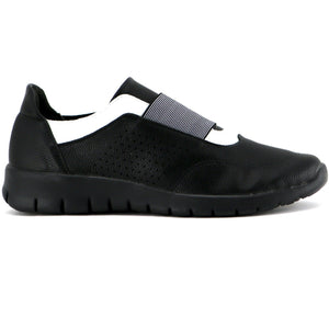 Black/White Sneakers with Black Soles for Women (970.028) - Simply Shoes Hong Kong