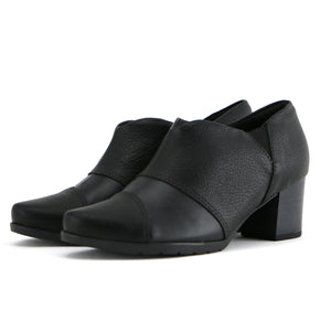 Black Ankle Boots for Women (331.035) - SIMPLY SHOES HONG KONG
