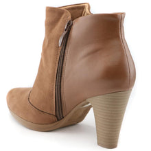 Brown Boots for Women (130.181)