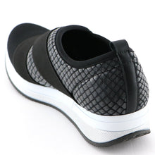 Black Elastic with Snake Casual Sneakers (973.018)
