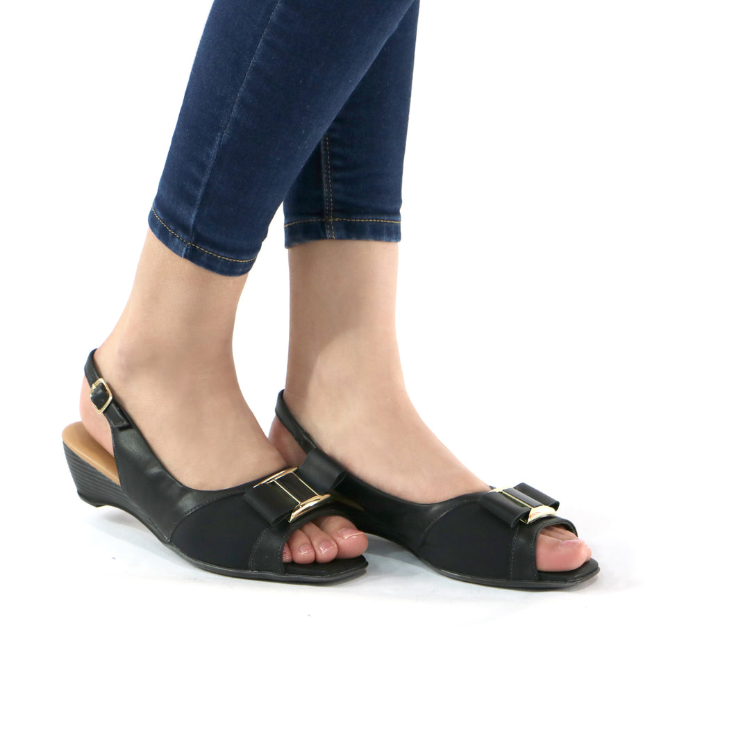 Black Sandals for Women (161.140)
