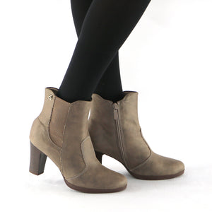 Microfibra Taupe Ankle Boot (130.193) - SIMPLY SHOES HONG KONG