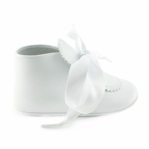 Feathery White Leather infant shoe (SS-7035)