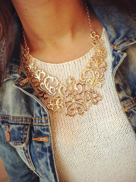 Elaborated Victorian Bib Necklace