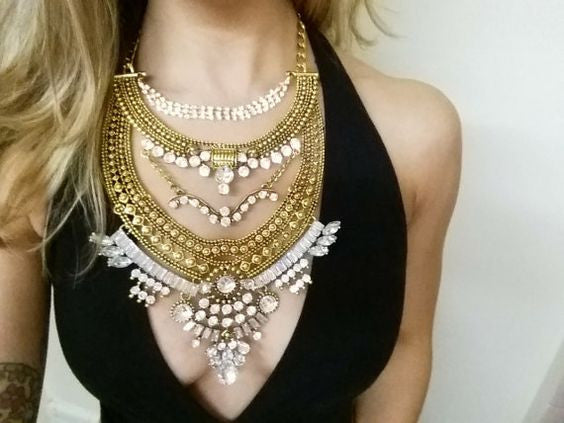 Vintage Fashion Statement Necklace in Gold and Silver