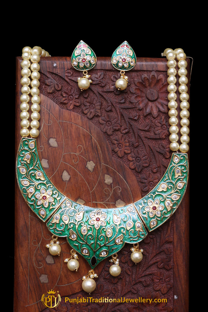 Green Kundan Pearl Necklace Set By Punjabi Traditional Jewellery
