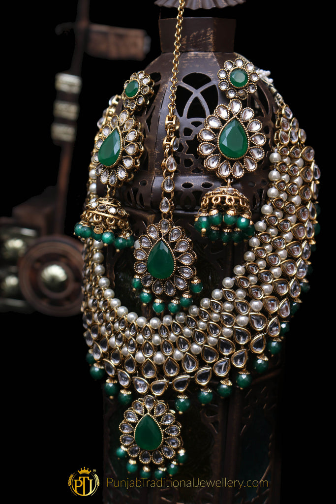 White Green Pearl Kundan Necklace Set By  Punjabi Traditional Jewellery