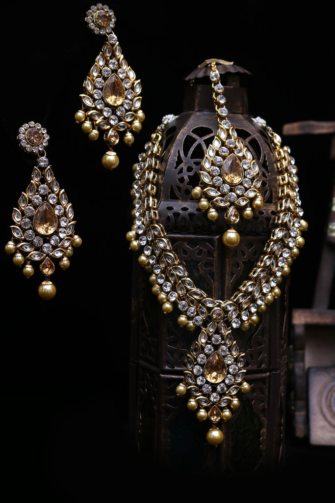 White & Golden Kundan Necklace Set By Punjabi Traditional Jewellery