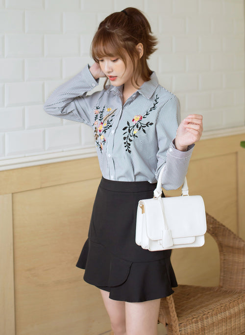 TOKICHOI - Floral Embroidered Buttoned Up Top