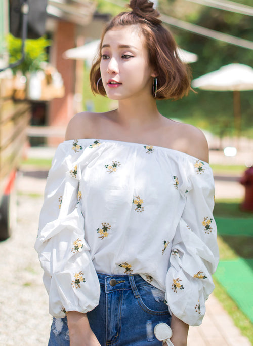 TOKICHOI - Floral Embroidered Off-Shoulder Top