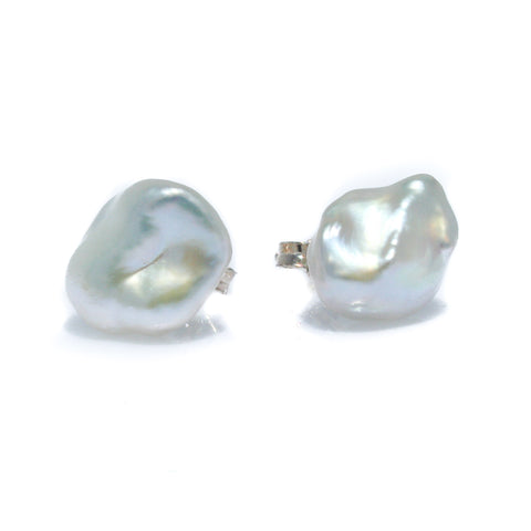 BLACK PEARL STUDS  4mm