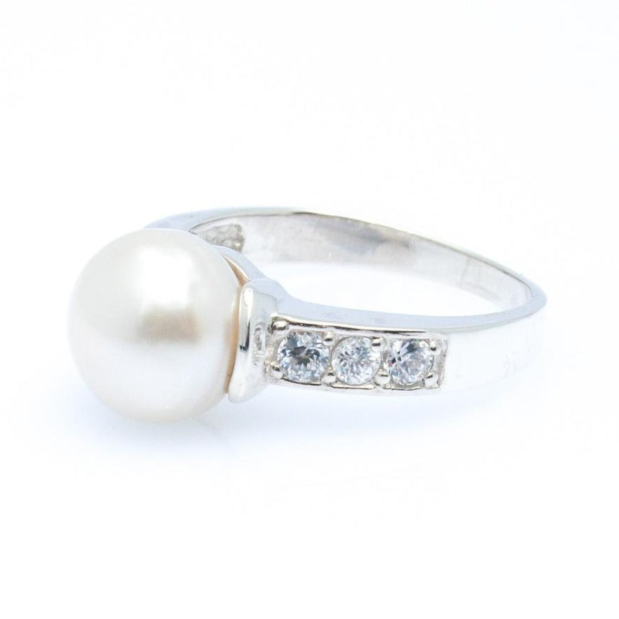 BROOME NIGHT SKY PEARL ZIRCONIA RING
