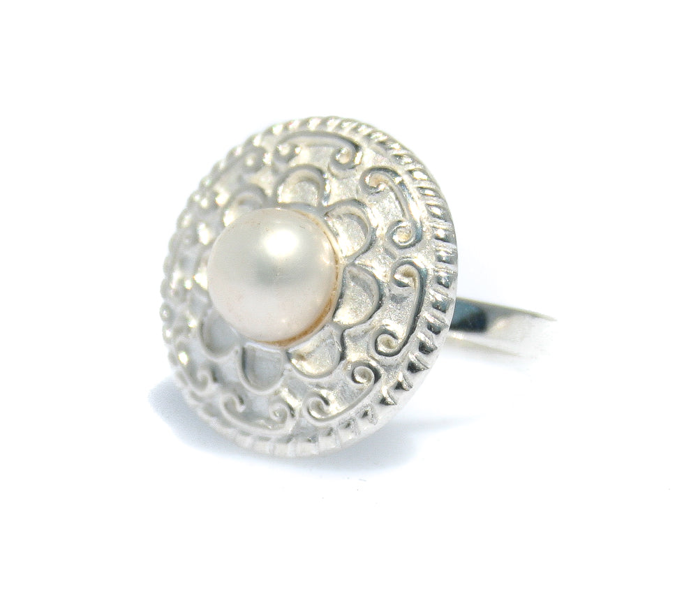 CHINATOWN LADIES PEARL STERLING SILVER RING