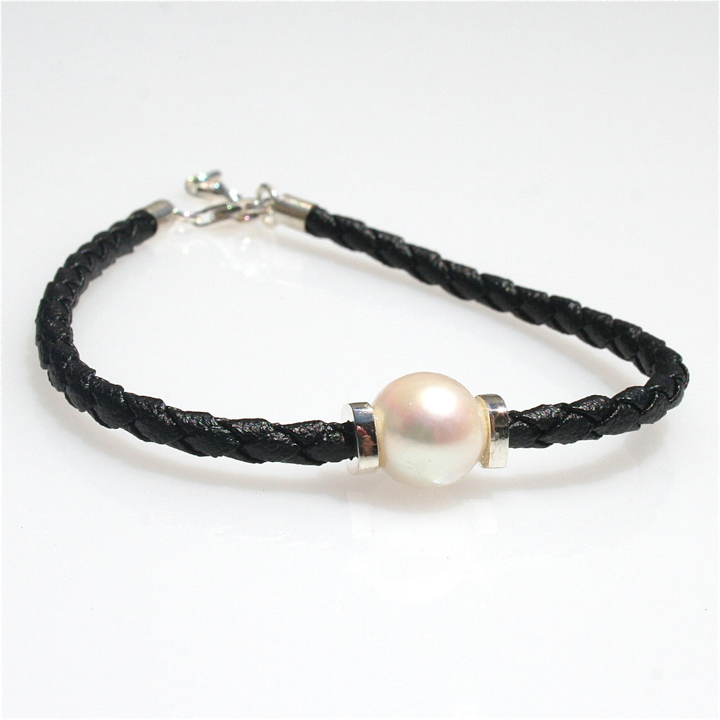 PEARL ON BLACK BRAID  BRACELET WITH SILVER DETAIL