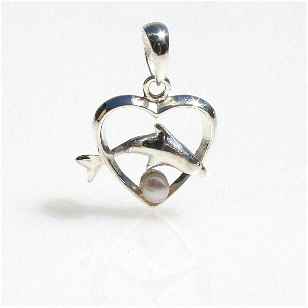 DOLPHIN PEARL PENDANT