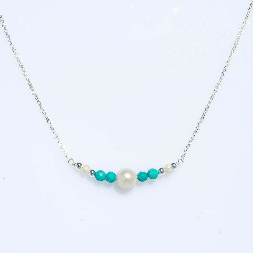 Pearl apatite silver necklace