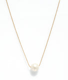 Pearl necklace yellow gold