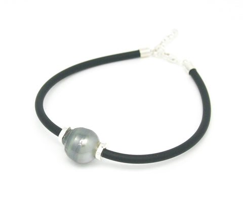 SALLY PEARL NEOPRENE NECKLACE
