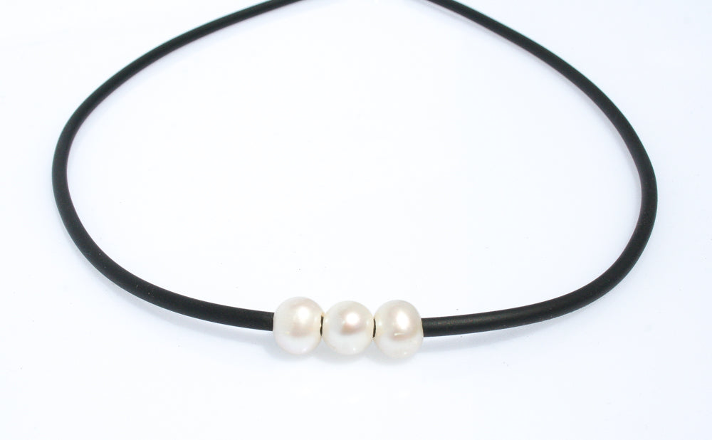 TARA TRIPLE PEARL NEOPRENE NECKLACE WITH STERLING SILVER CLASP