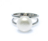 TWIN REFLECTION PEARL RING