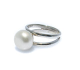 ladies pearl ring