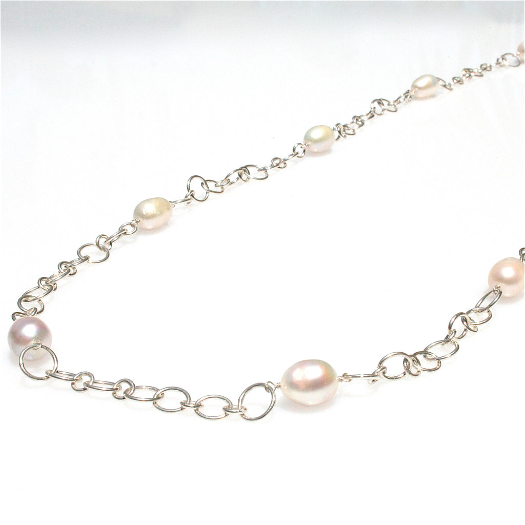 REDDELL BEACH PEARL NECKLACE