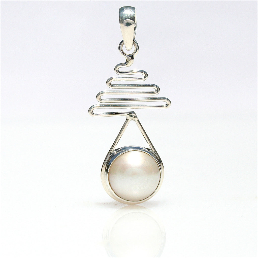STAIRCASE TO THE MOON MABE PENDANT