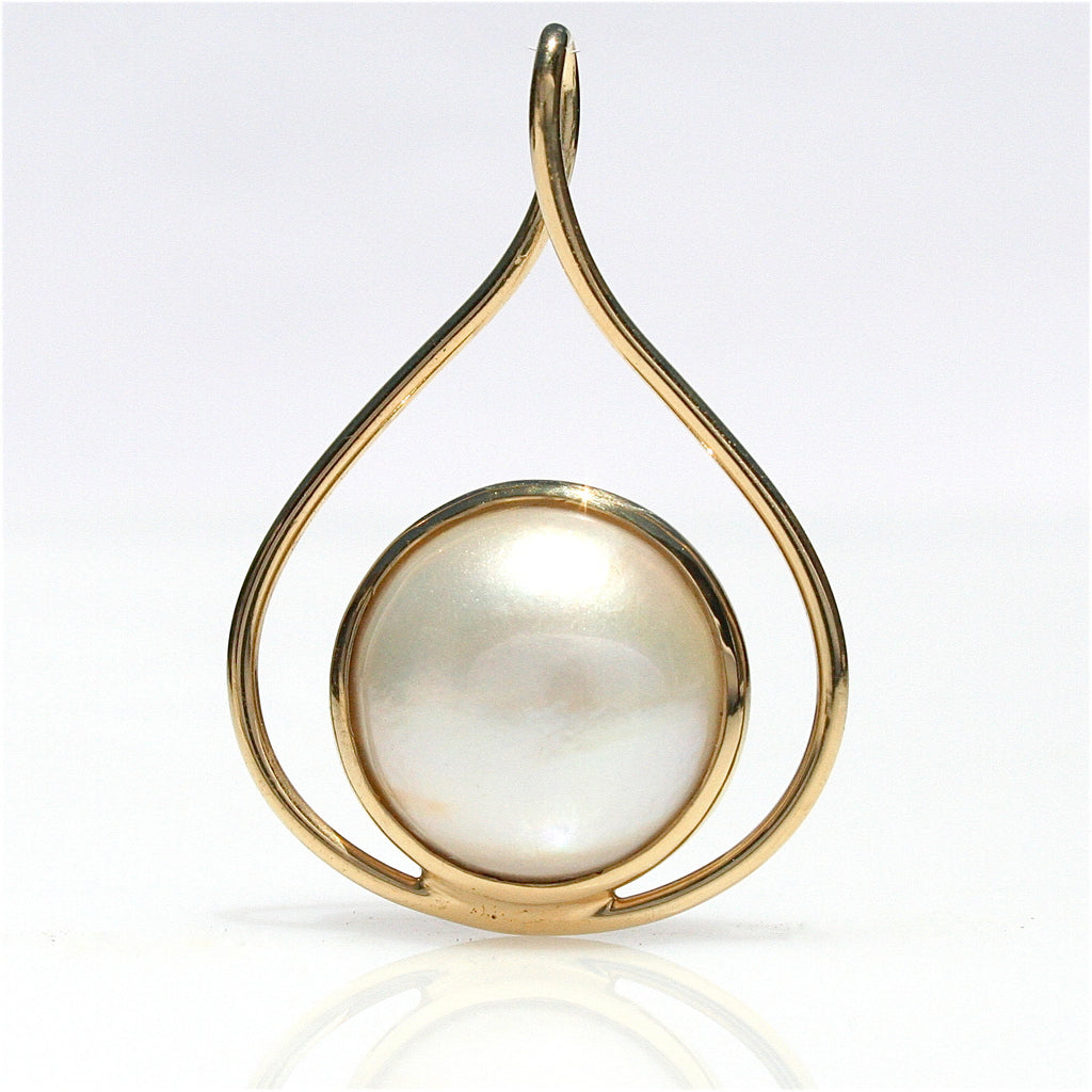 NEW MOON MABE PEARL PENDANT 22ct GOLD PLATED STERLING SILVER